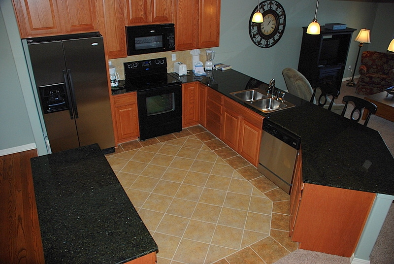 The silestone repair cost of countertops helps for Cost of silestone