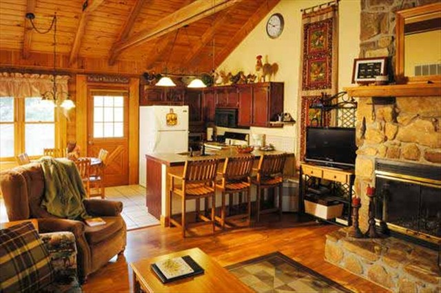 Branson Log Cabin For Your Winter Home Thousandhills Com