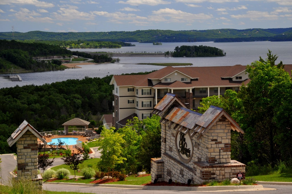 Table rock lake condos for sale for Branson cabins and condos